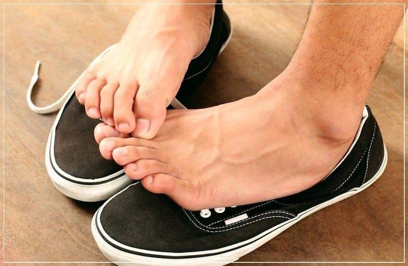 ноги потеют в кедах