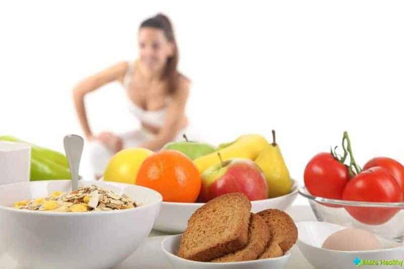 фрукты и хлеб