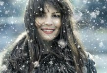 девушка под снегом