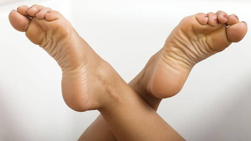 ножки девушки