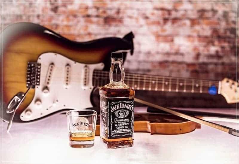 виски и гитара