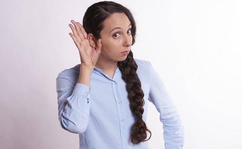 Серная пробка в ухе у ребенка: симптомы, фото, как убрать?