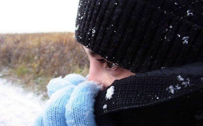 ребёнок сильно замёрз