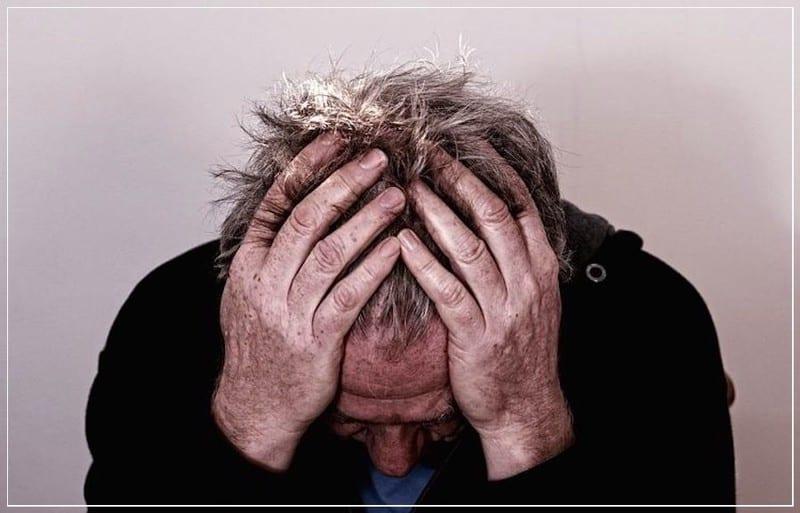 похмелье – болит голова